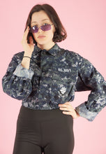 Load image into Gallery viewer, Vintage Reworked Crop Jacket Original US Navy in Blue Camo in S/M