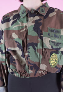 Vintage Reworked Crop Jacket Original US Army in Green Camo in M