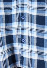 Load image into Gallery viewer, Vintage 90s Flannel Shirt in Blue with Check Pattern in M/L