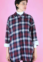 Load image into Gallery viewer, Vintage 90s Flannel Shirt Check Red Blue White Oversized in M/L