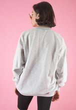 Load image into Gallery viewer, Vintage 90s Sweatshirt Jumper in Grey with Fish Print in M