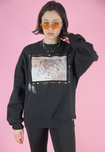 Load image into Gallery viewer, Vintage 90s Sweatshirt Jumper in Black with Horse Print in M