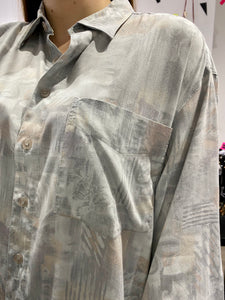 Vintage Shirt Blouse in Cream Grey Abstract Pattern with Pocket in XL