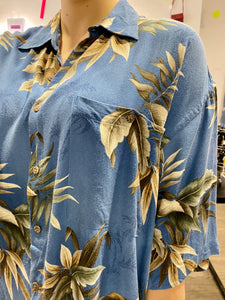 Vintage Shirt Hawaiian Short Sleeved in Blue with Beige Leaves Pattern in XL