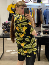 Load image into Gallery viewer, Vintage Shirt Hawaiian Short Sleeved in Black with Green and Yellow Pineapple Print in XL