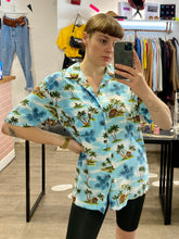 Load image into Gallery viewer, Vintage Shirt Hawaiian Short Sleeved in Blue with Green and Beige Palm Tree Print in L