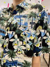 Load image into Gallery viewer, Vintage Shirt Hawaiian Short Sleeved in Black with Beige Blue Green Beach Print in L