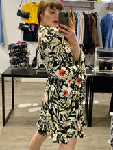 Load image into Gallery viewer, Vintage Inspired Dress in Black with Flower Print and Flared Sleeves in M