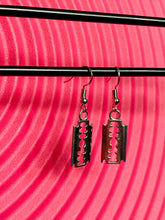 Load image into Gallery viewer, Vintage Inspired Earrings Razor Blade in Silver