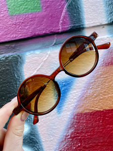 Vintage Inspired Sunglasses Round Shape in Brown with UV400 Glass