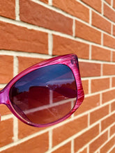 Load image into Gallery viewer, Vintage Inspired Sunglasses in Big Cat Eye Shape with Pink Frame and UV400