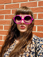Load image into Gallery viewer, Vintage Inspired Sunglasses Big Round Shape in Pink with UV400