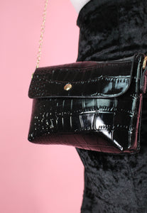 Vintage Inspired Bag Cross Body in Faux Snake Leather Black