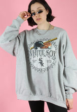 Load image into Gallery viewer, Vintage 90s Sweatshirt Jumper in Grey with White Sox Print in L