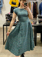 Load image into Gallery viewer, Vintage 70s Dress Floral Midi in Blue Green Pink Flower Pattern with Back Bow Details in S