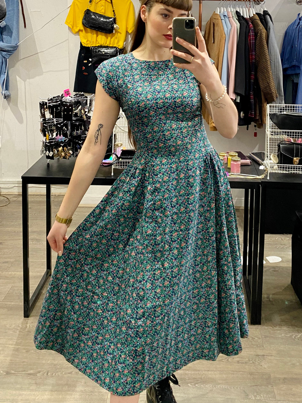 Vintage 70s Dress Floral Midi in Blue Green Pink Flower Pattern with Back Bow Details in S
