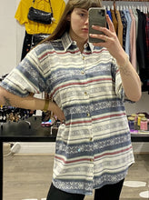 Load image into Gallery viewer, Vintage Shirt Short Sleeve in White Blue Red Striped Aztec Pattern with Pocket in L