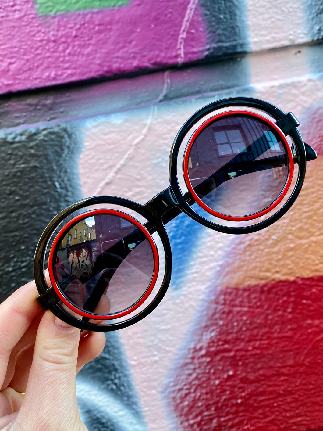 Vintage Inspired Sunglasses Round with Black Frame and Red Detail with UV400 Glass