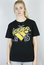 Load image into Gallery viewer, Vintage Adidas T-Shirt in Black in Size S/M