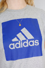 Load image into Gallery viewer, Vintage Adidas T-Shirt in Grey in Size S
