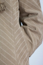 Load image into Gallery viewer, Vintage Suede Coat in Beige in Size M