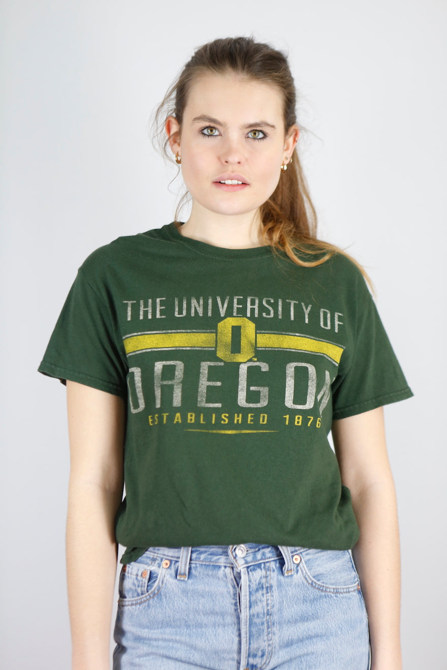 Vintage University T-Shirt in Green in Size S