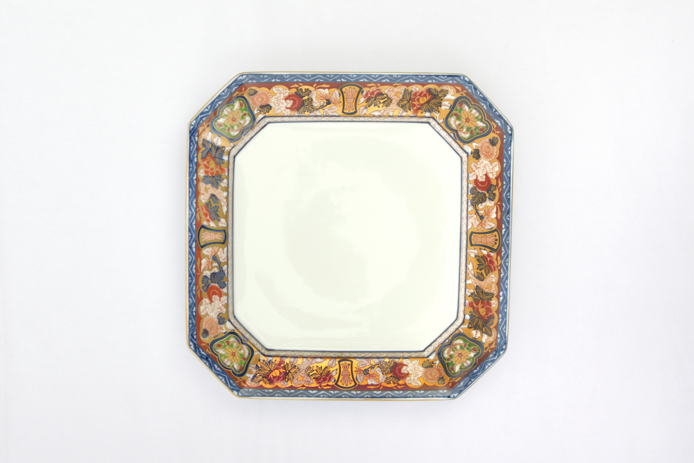 Octagonal Plate - Gold Old Imari
