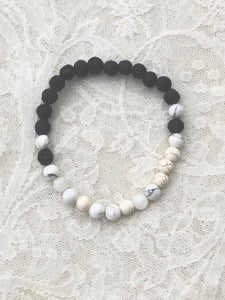 *sold*Men's Yin And Yang  White Howlite stackable diffuser bracelet
