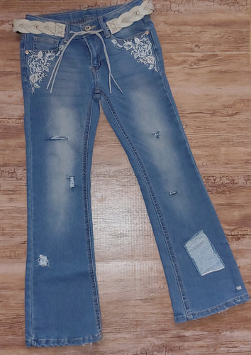 RTS Distressed Jeans Size 7
