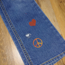 Load image into Gallery viewer, RTS Distressed Jeans Size 6x/7