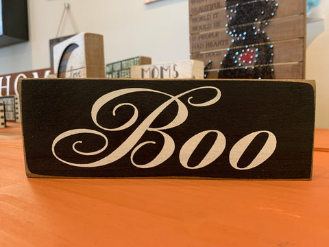 BOO FARMHOUSE SIGN