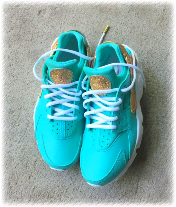 Tiffany Gold Glitter Nike Huarache Customz