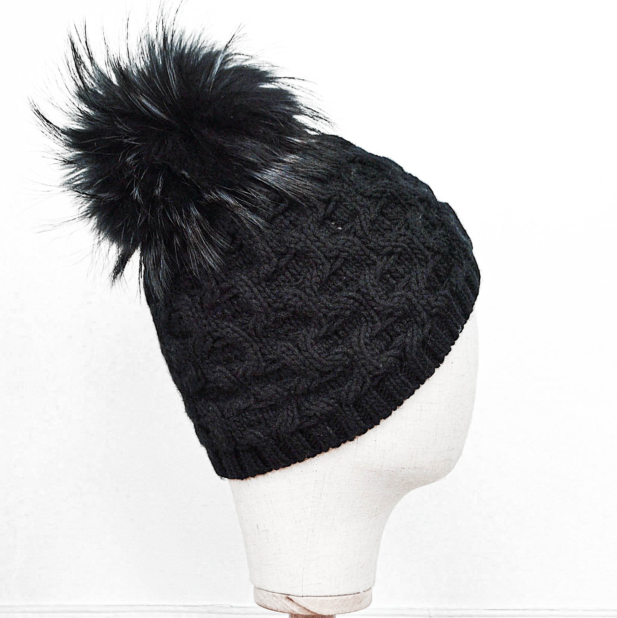 Inverni Black Cashmere Pom- Pom Hat with Fox Fur