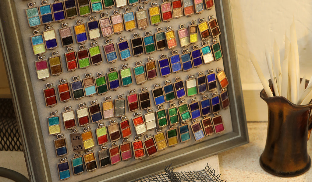 Enamel chart showing each of the colours we use
