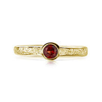 Matrix Garnet Ring in 9ct Yellow Gold