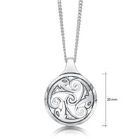 Birsay Disc Pendant Necklace in Sterling Silver
