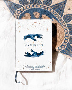 Dreamy Moons - Manifest Book