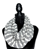 Load image into Gallery viewer, Grey and White Hidden Pocket Infinity Scarf