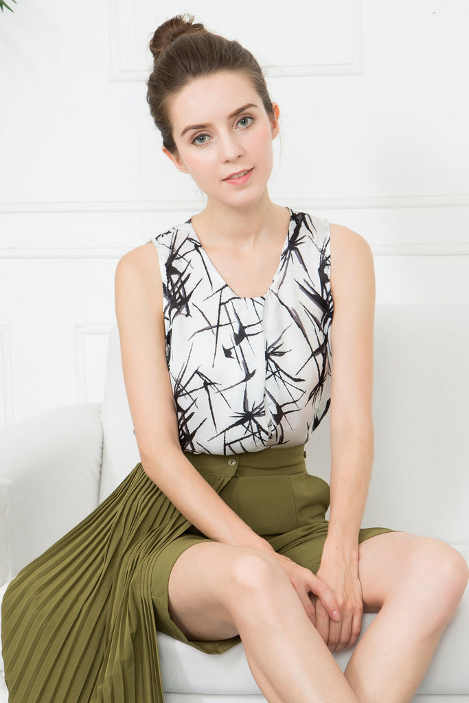 Sleeveless Plunge Neck Top In Water Painting Print