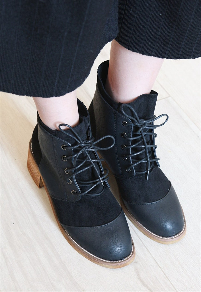 Leather Suede Mix Lace up Ankle Boots - Black