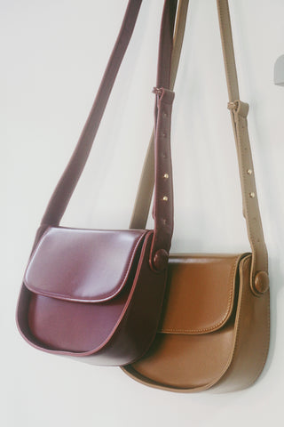 Classic Box Bag Shoulder Bag - Burgundy Red