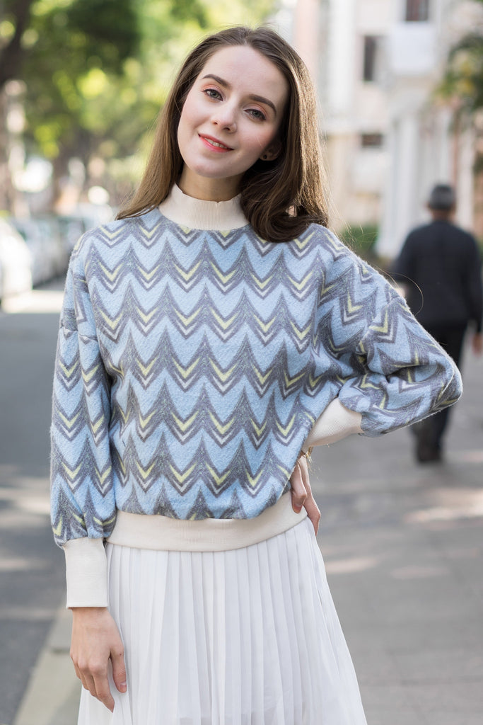 Wave Stripe Sweat Top