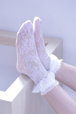 Crochet Lace Trim Socks - White