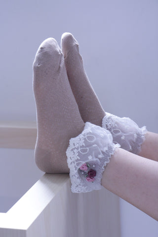 3D Floral Lace Frill Socks