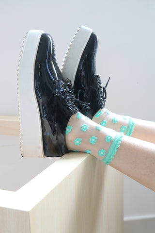 Sheer Floral Ankle Socks With Scallop Top - Mint