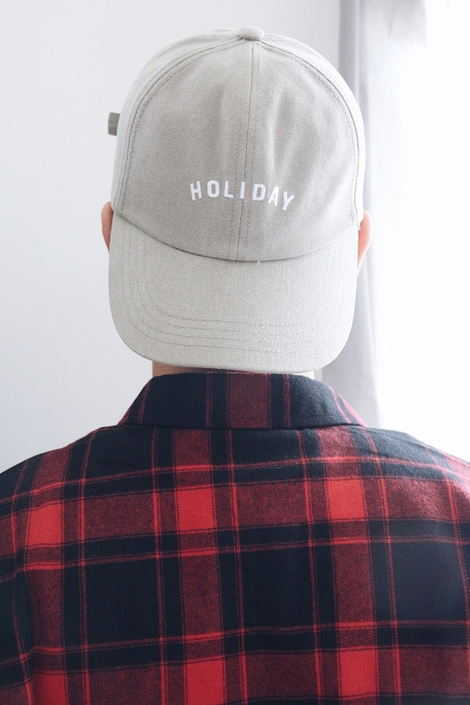 HOLIDAY Embroidery Cap - Beige