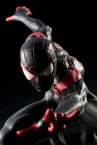 MARVEL ULTIMATE SPIDER-MAN ARTFX+ STATUE
