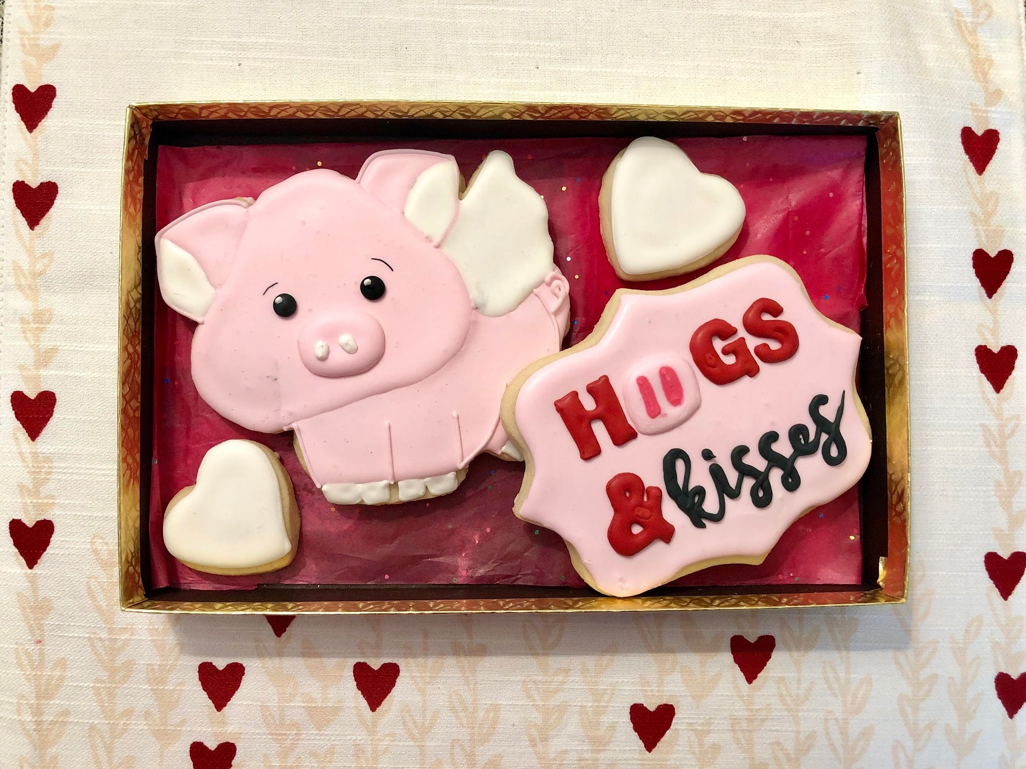 Hogs & Kisses Cookie Box - Sugar Trip