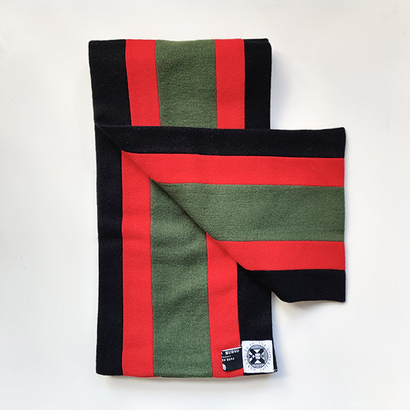 MEng scarf in black green and red