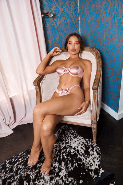VALENTINE'S DAY LINGERIE CURATED SELECTIONS